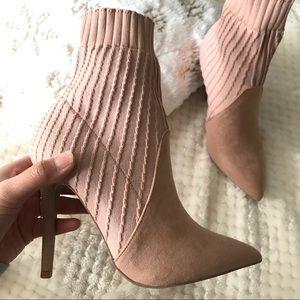 ✨Mauve heeled ankle booties